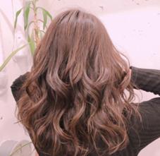 UNITE  hair home所属の小見珠々希