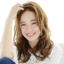 HAIR&MAKE EARTH 青葉台店所属の稲葉彩佳