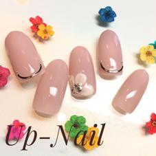 Up-Nail所属のUp-NailHitomi