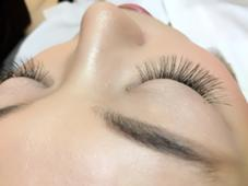 eyelash  salon Mona所属のYAMADATAMAYO