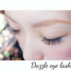 Dazzle eye lash所属の鈴木未来