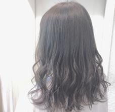 FORTE表参道店所属のカラーリスト  相澤果歩