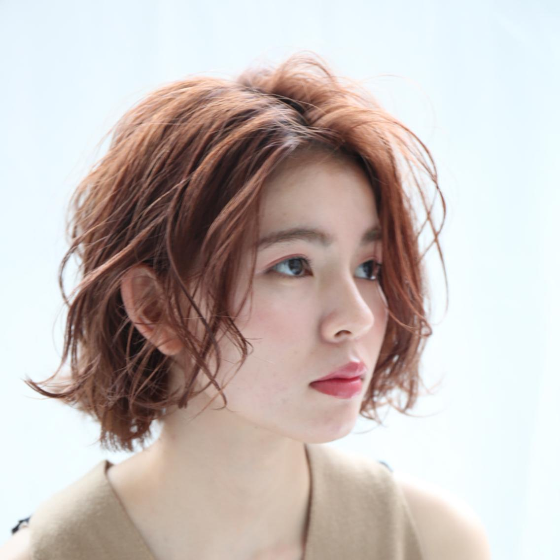 ⭐️横浜駅徒歩5分⭐️当日予約大歓迎‼️minimo限定クーポン掲載⭐️赤味のないカラーや透明感のあるカラーが得意です✨日本人の髪質に合わせたAujua取扱店です⭐️