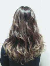 hair&make EARTH 岡山店所属の太田朱美