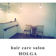 hair  care salonHOLGA所属の穴澤真美