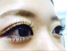 eyelashsalon Embellir所属の松本綾子