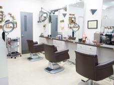 八戸 プレジア所属のプレジア美容室