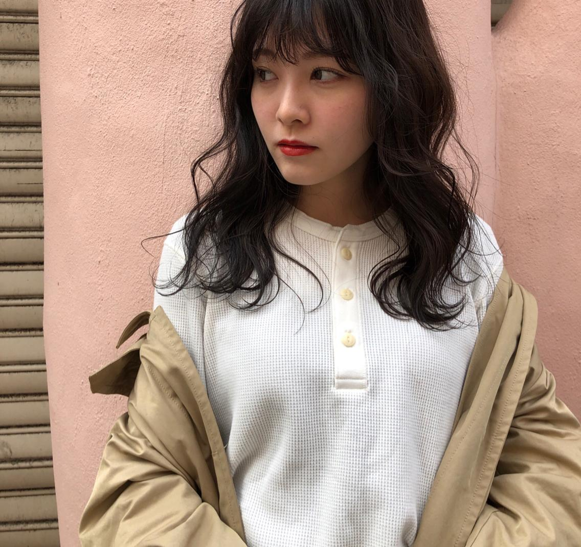 梅田茶屋町👗ポイントカラー1番人気👛個性を活かしたデザインカラーならお任せください🧥ポイントブリーチ👖 ニュアンスと柔らかい雰囲気作り👡お悩みいっしょに改善していきましょう🧤