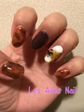 Les Ailes Nail所属のミカシマチナミ