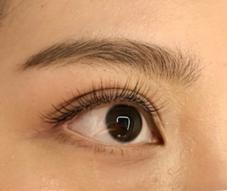 EyeDesign表参道店所属のTONOOKAMIYU