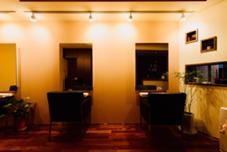 美容室 レジェ所属のチヨ知代