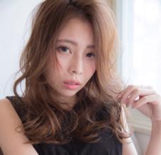 attrait(アトレ)茅ケ崎店所属の秋田ひとみ