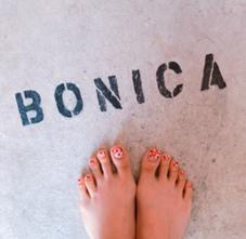 ネイルサロンBONICA所属のBONICAMANA