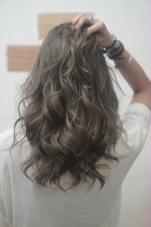 Hair Salon ANELA所属のRIEリエ