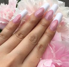 Nailsalon&School Colorer Couture所属の國司彩