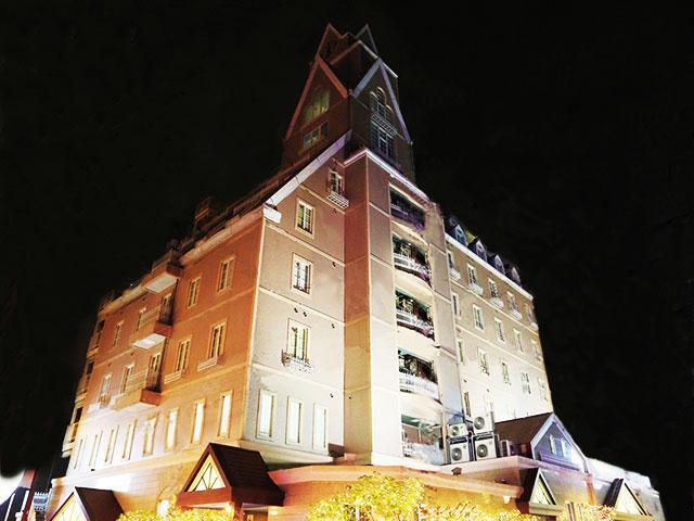 HOTEL MYTH Luna(ホテル マイス ルナ)
