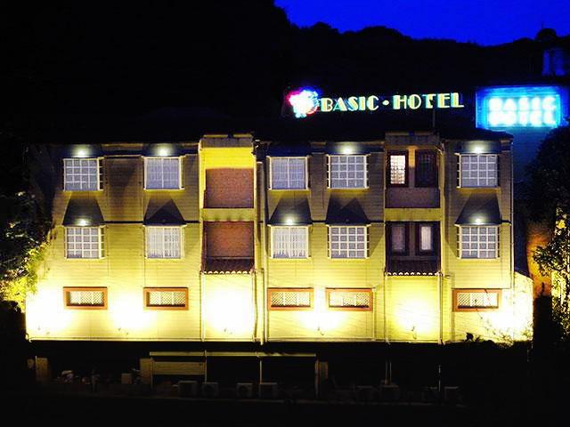 ベーシックホテル