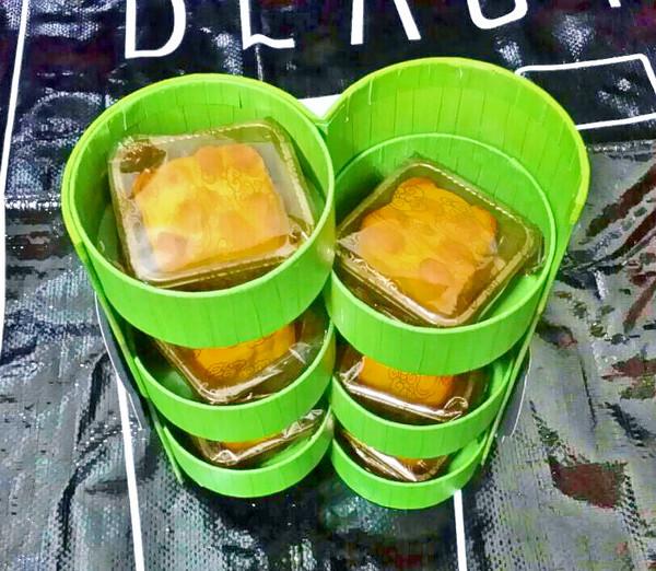 奇華餅家:<Eating>*體驗*---奇華月餅/中秋月餅禮盒  至尊港式月餅尊榮享受