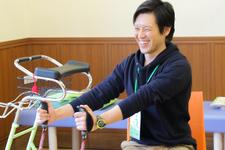 作業療法士が開発したショッピングカート「楽々カート」【川内雅和先生|理学療法士】