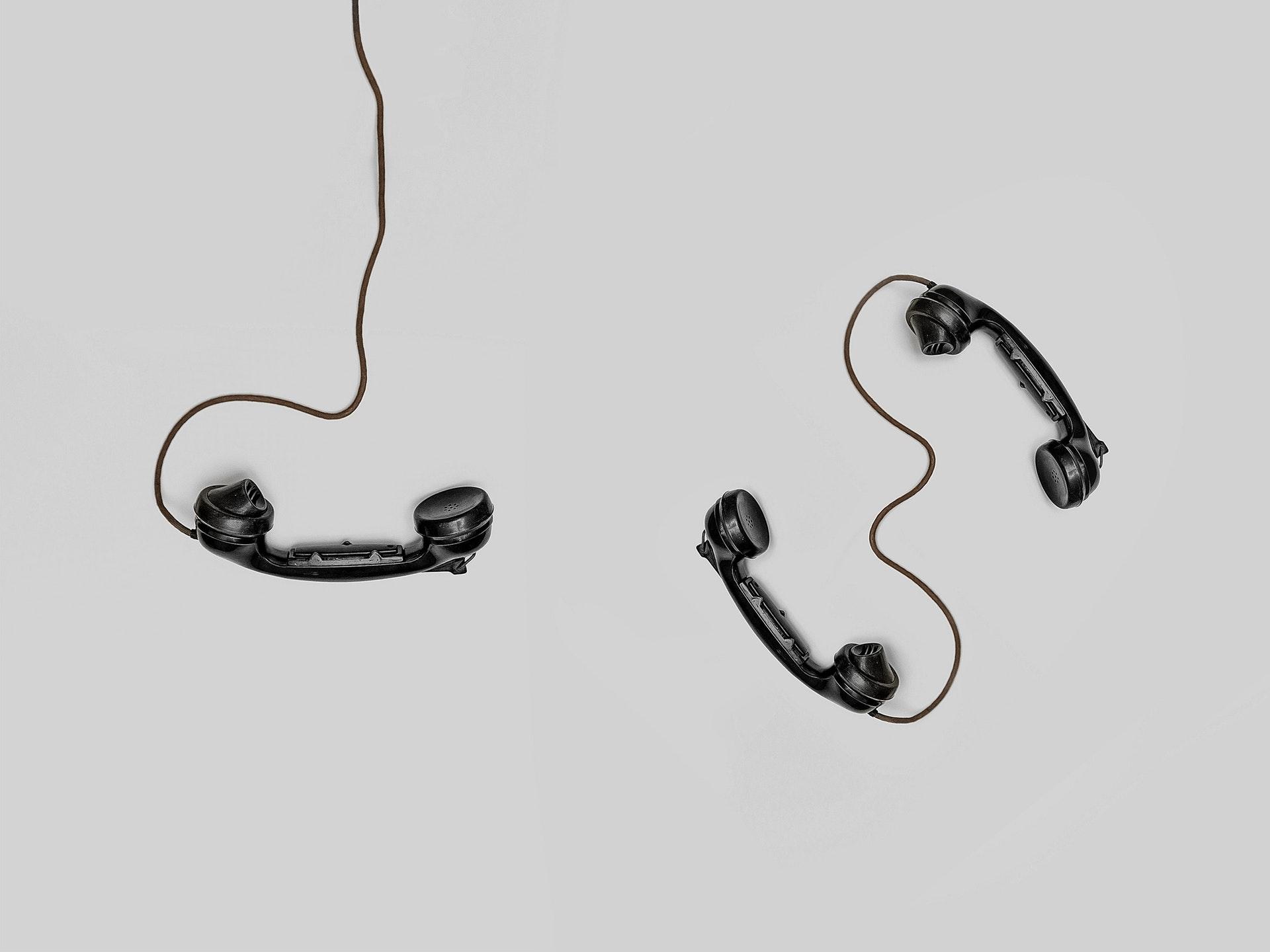 黒の受話器