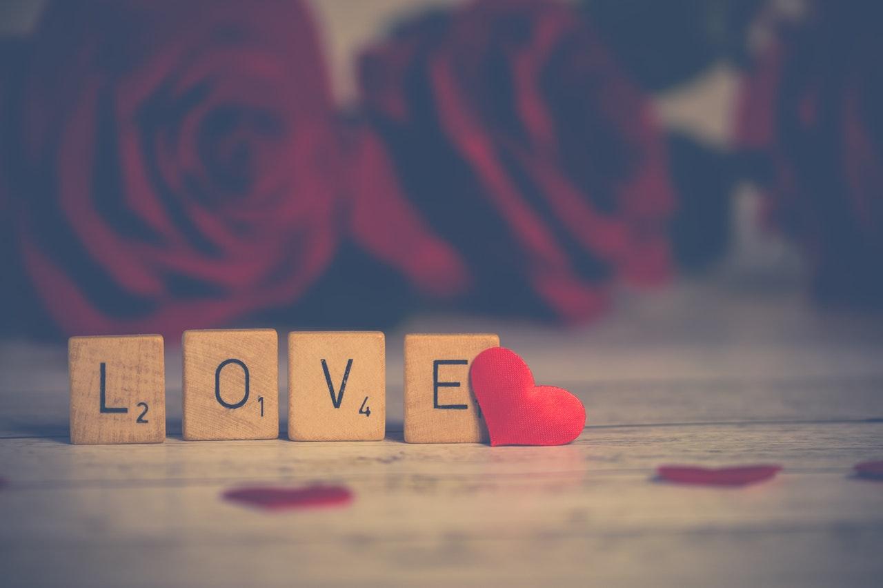 赤いバラとlove
