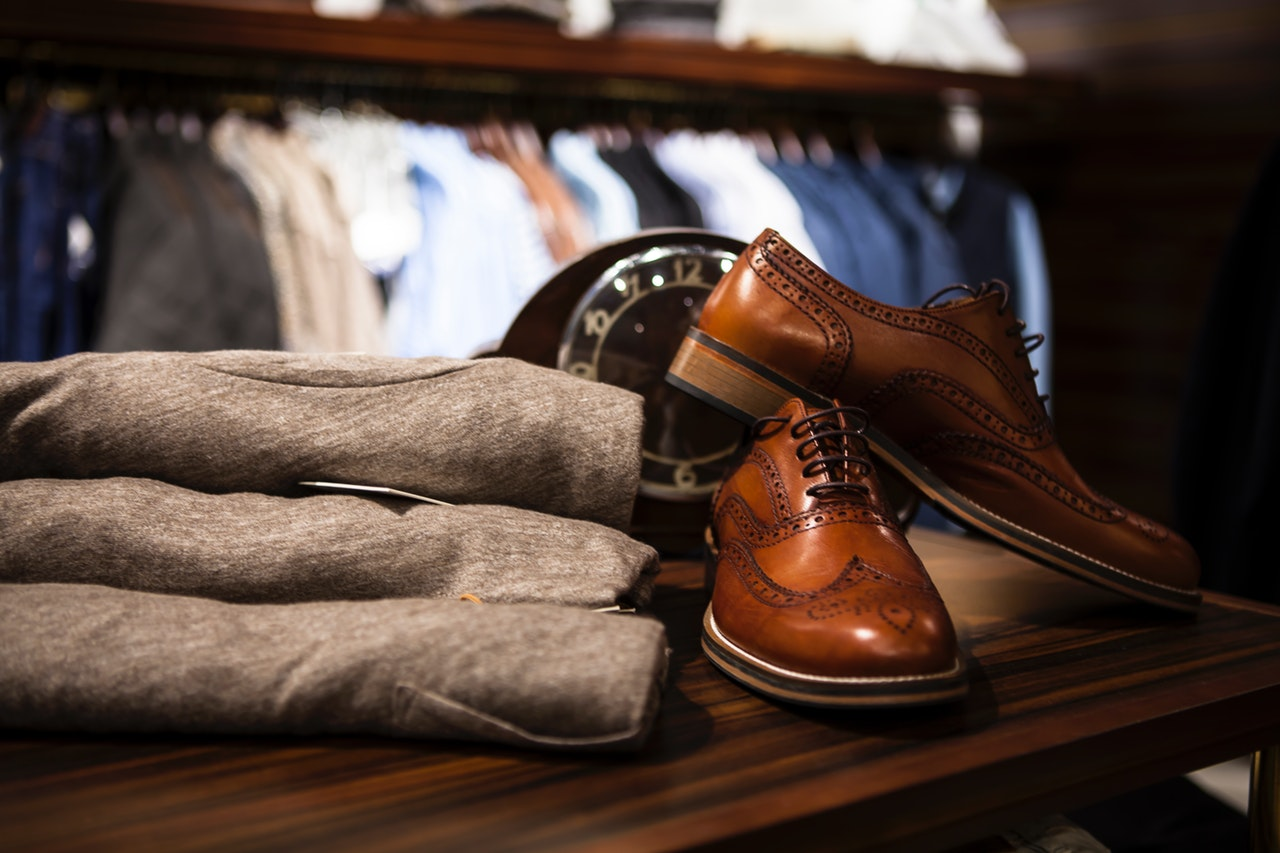 靴と紳士服