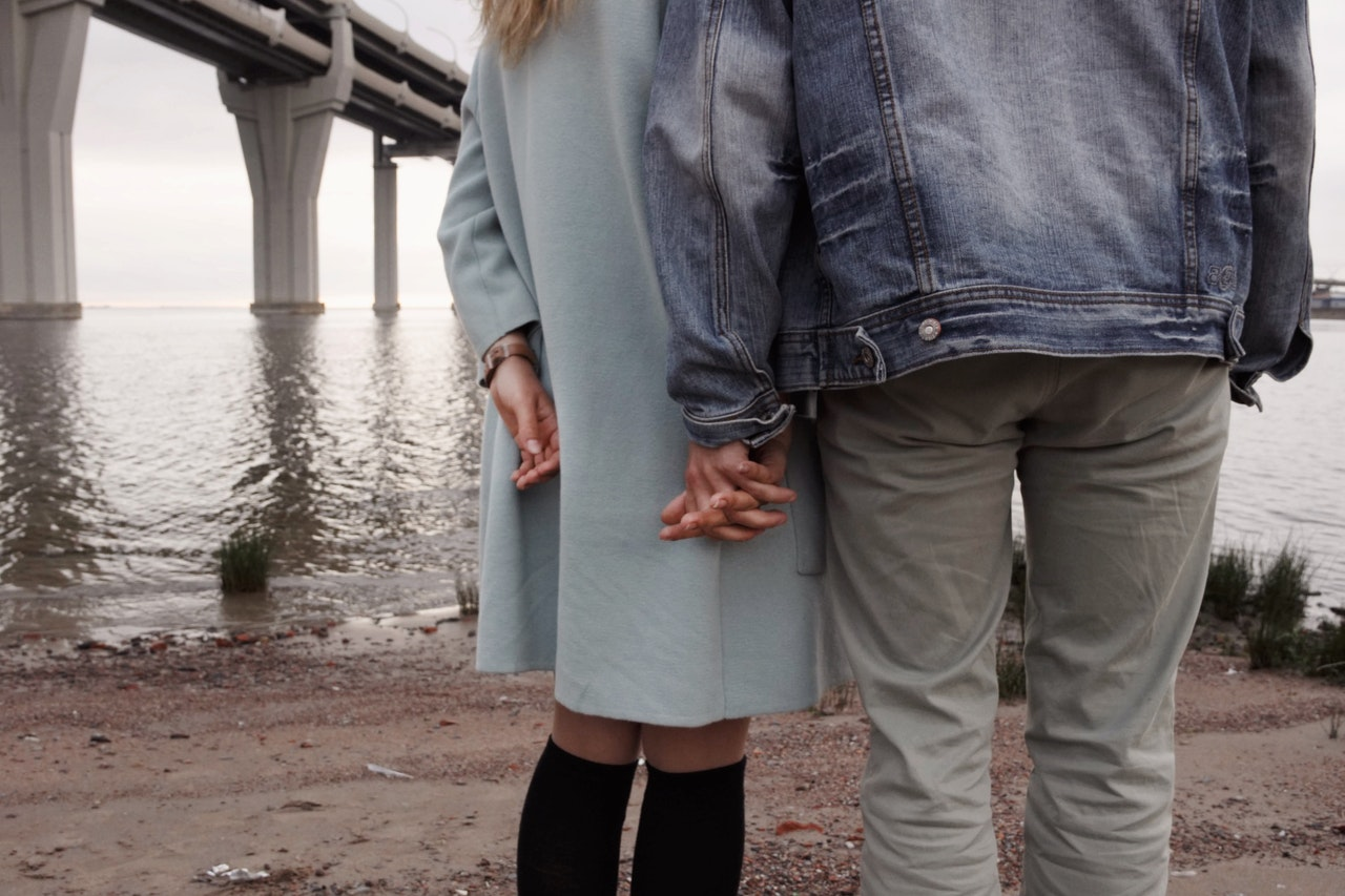デートするカップル