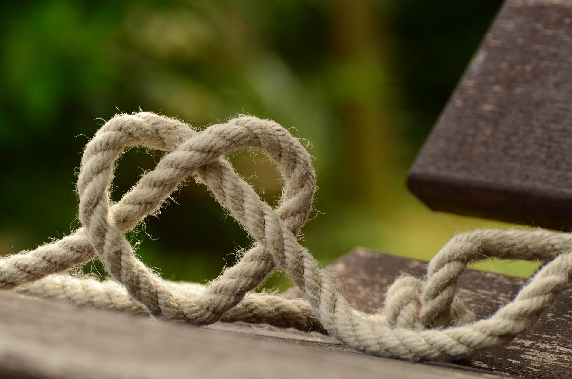 ハート型のロープ