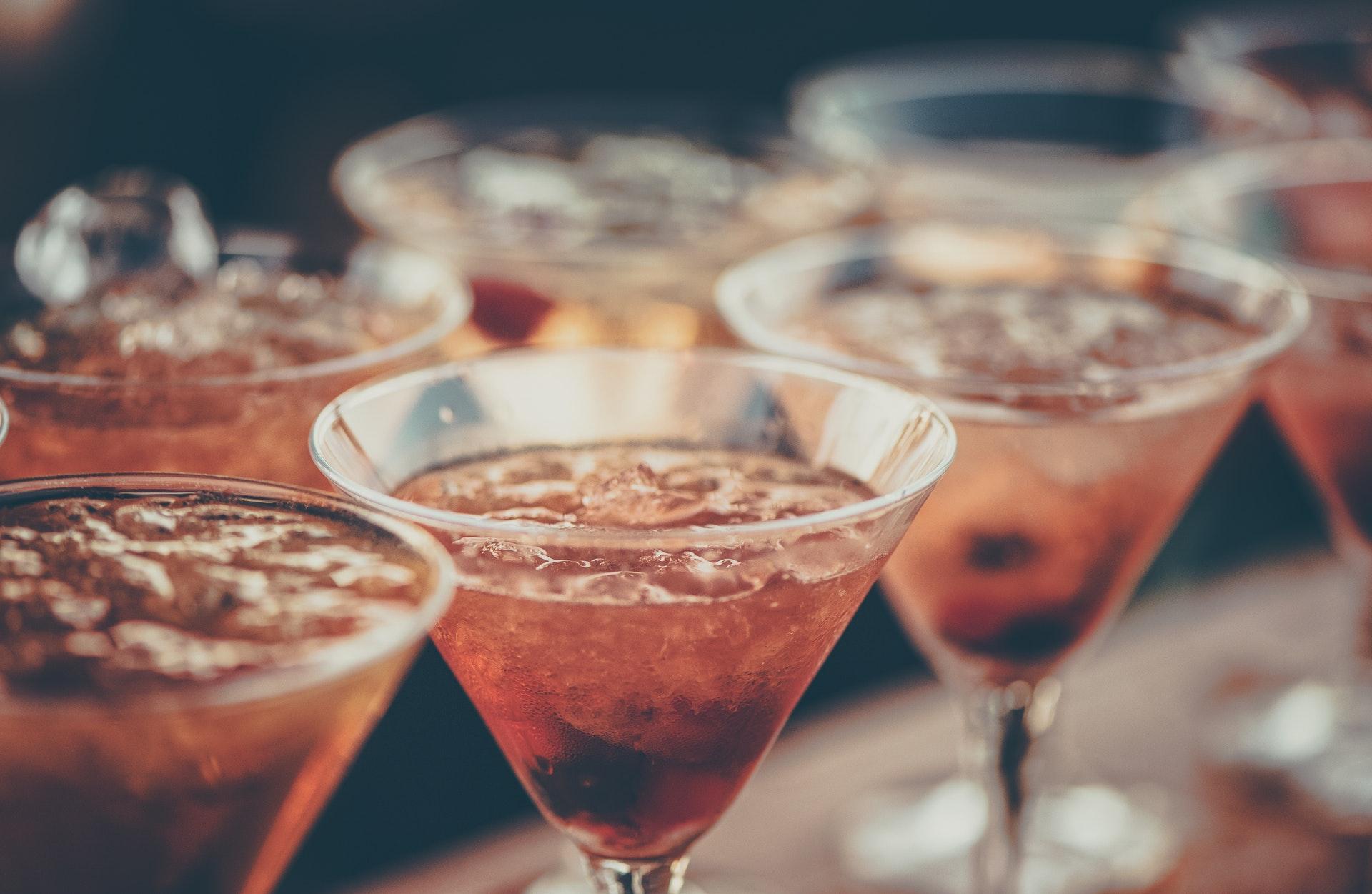 グラスに注がれた飲み物