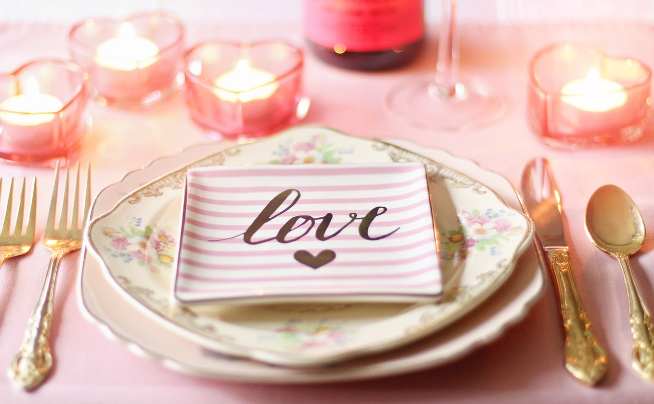 ピンクなテーブルウェア