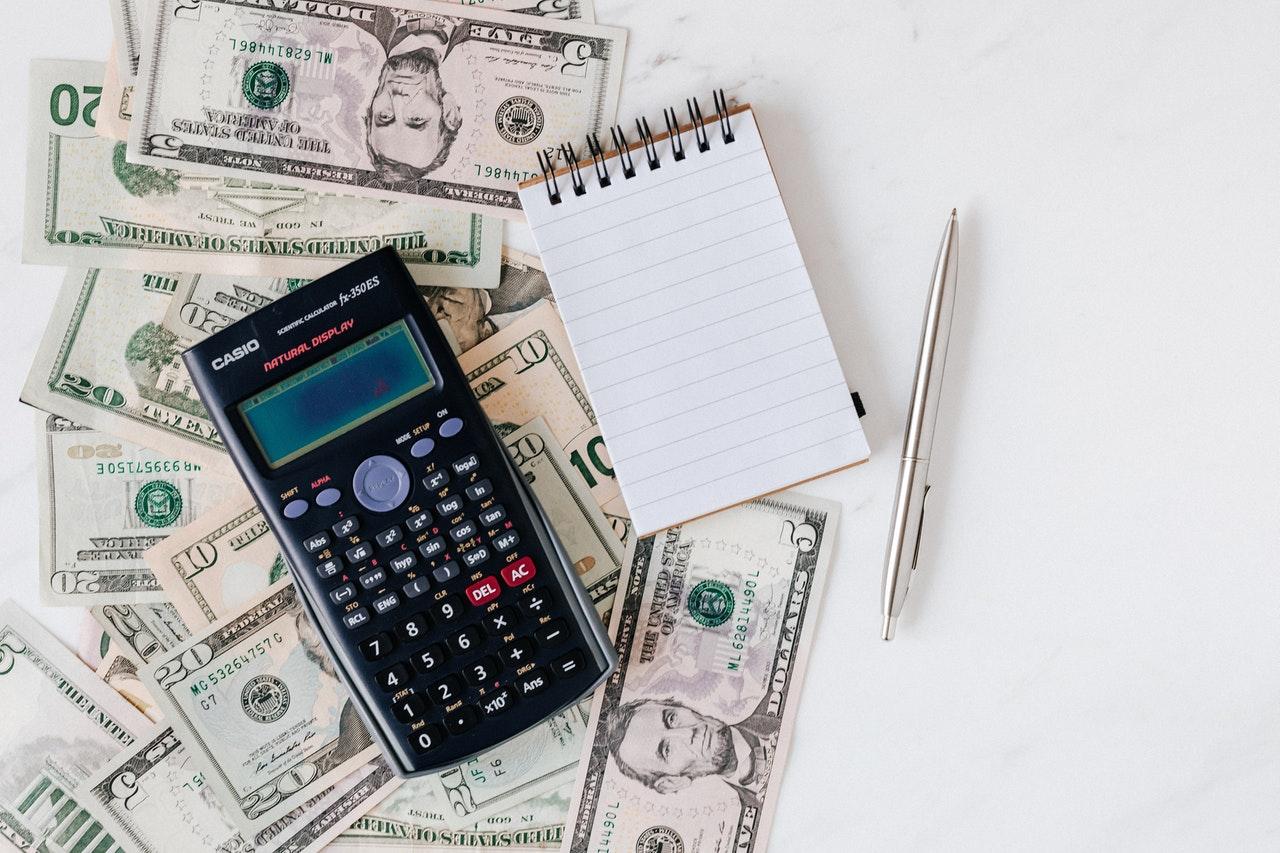 メモとお金と計算機