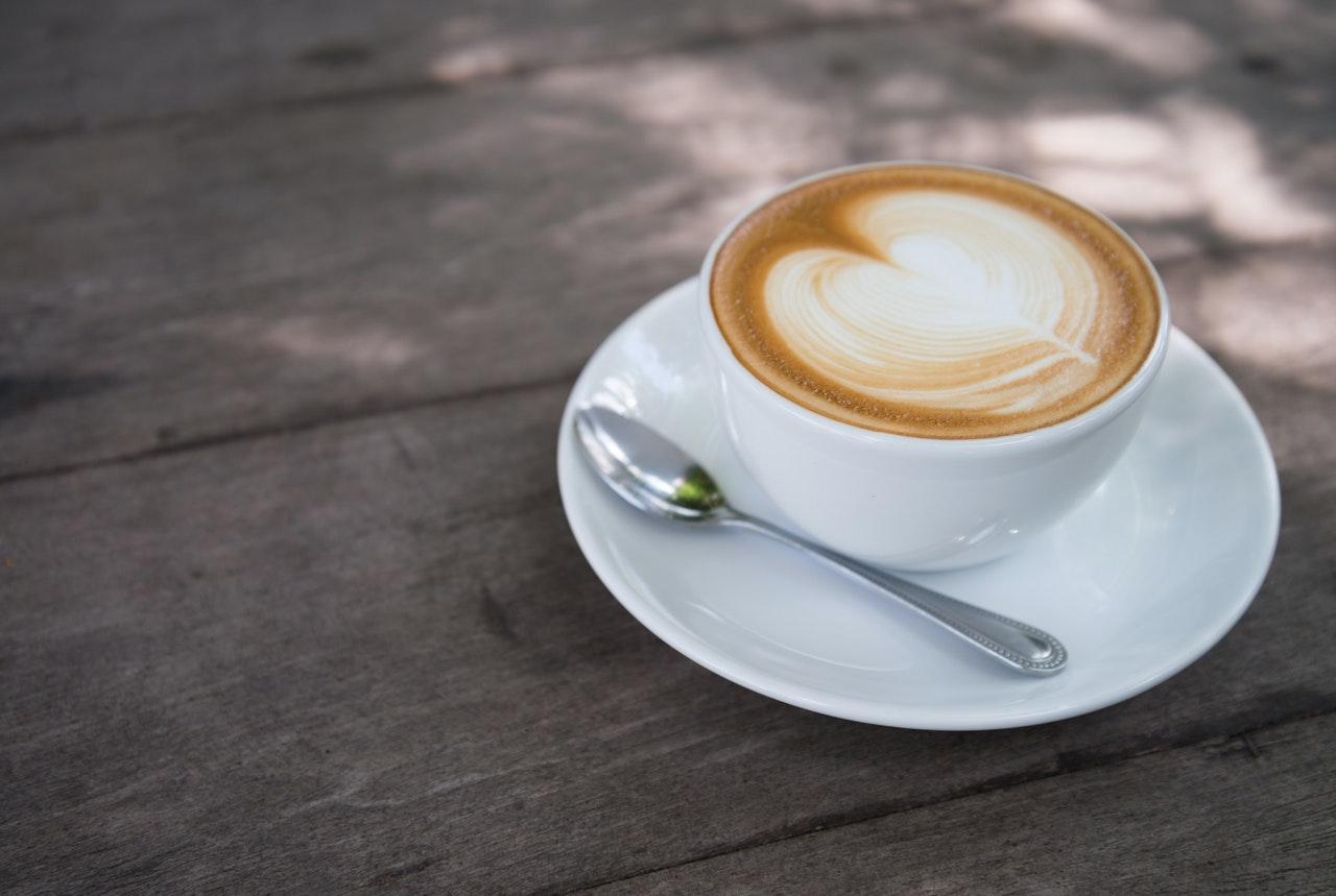 ハートが浮かぶコーヒー