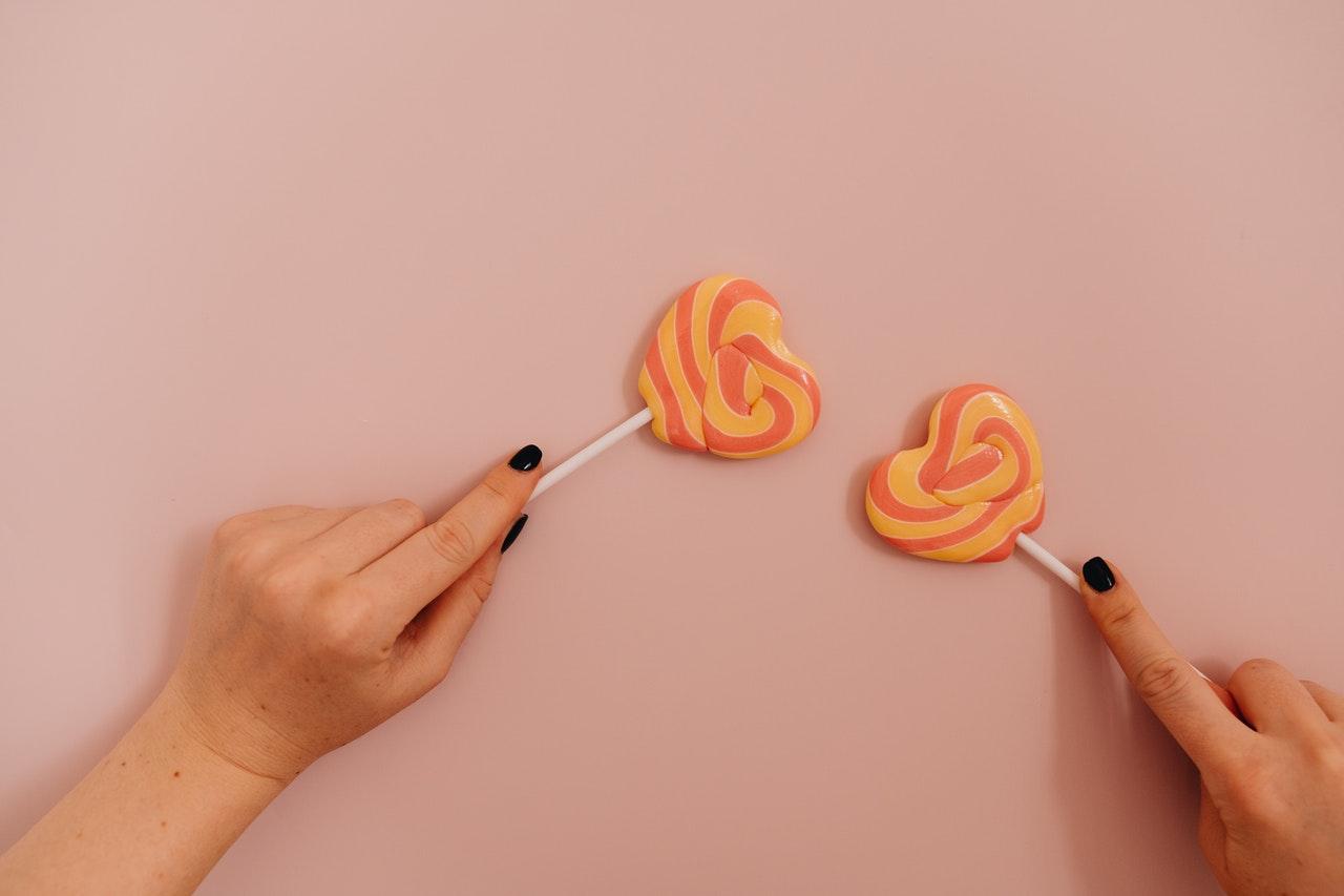 2つのキャンディー