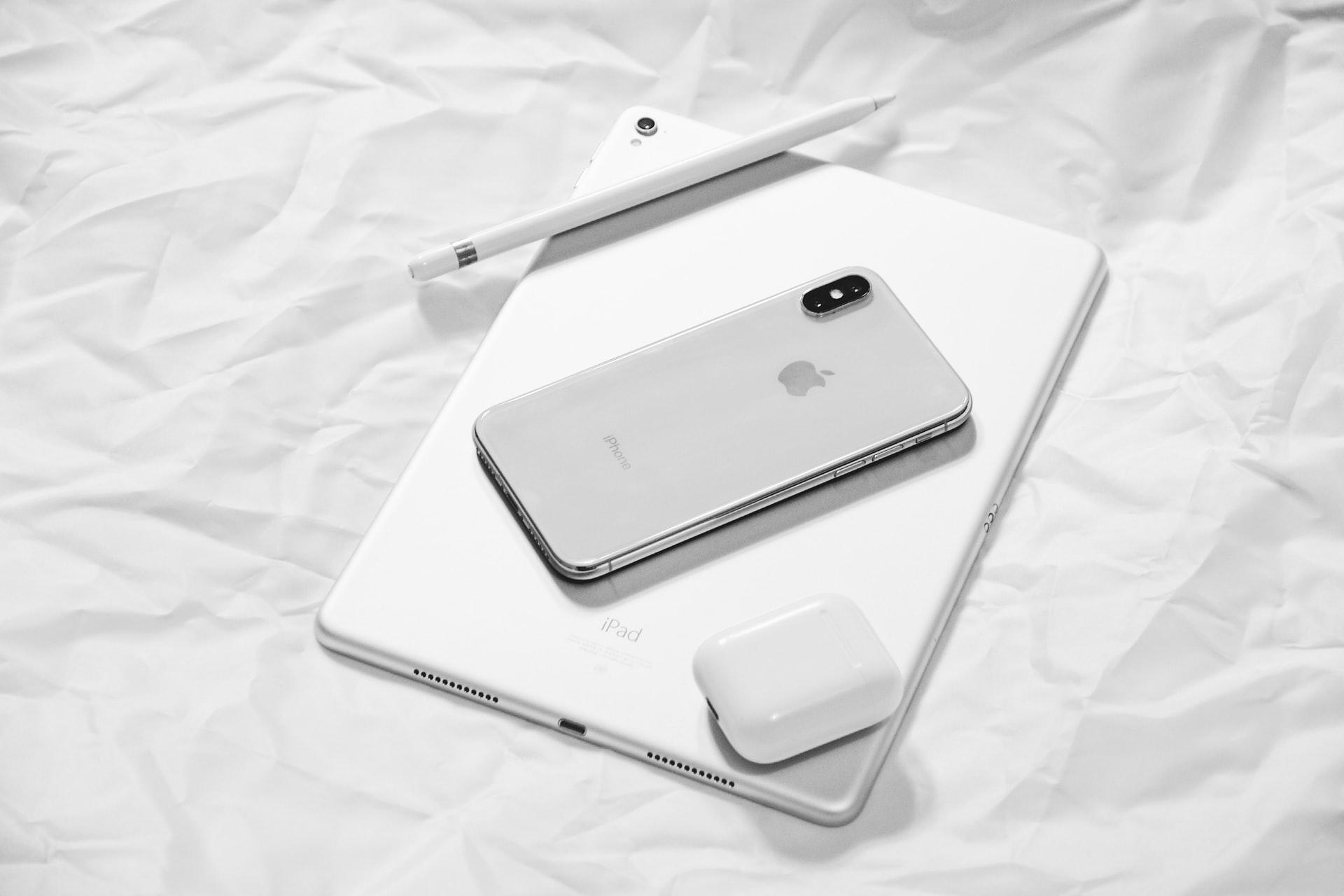 携帯とタブレット