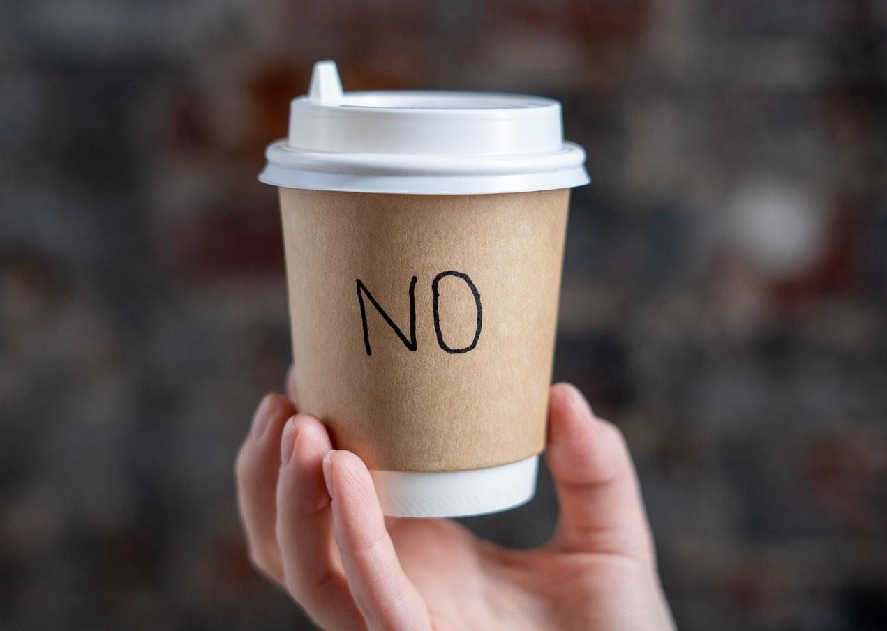 cupに書かれたNO