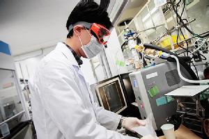 マイクロ波で世界のものづくりを変える大阪大学発のベンチャー企業です。