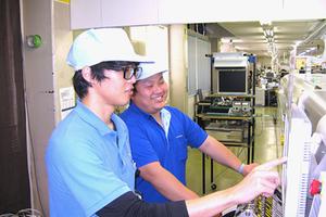 【計測機器の工場管理職】 ニッチトップ企業 / IoT分野にも進出