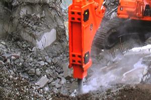 <東京>今年で創業96年目・建機のサービスエンジニア