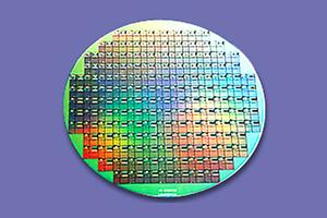 【研究開発】最先端半導体向け研磨材※東証一部化学メーカー