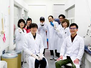 有機ELの「次世代発光材料」デバイス研究職募集/国内唯一の有機EL特許保有