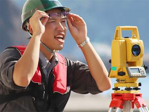 北の大地の産業・生活を支える海上作業員