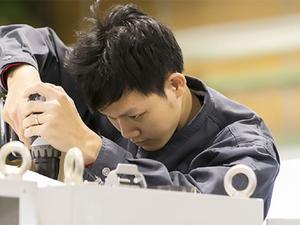短納期・低コスト・高品質な制御盤設計を叶える電気設計エンジニア