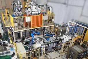 【電気設計・機械設計】 プラスチック成形機のトップメーカー。 1960年設立のジャスダック上場企業です