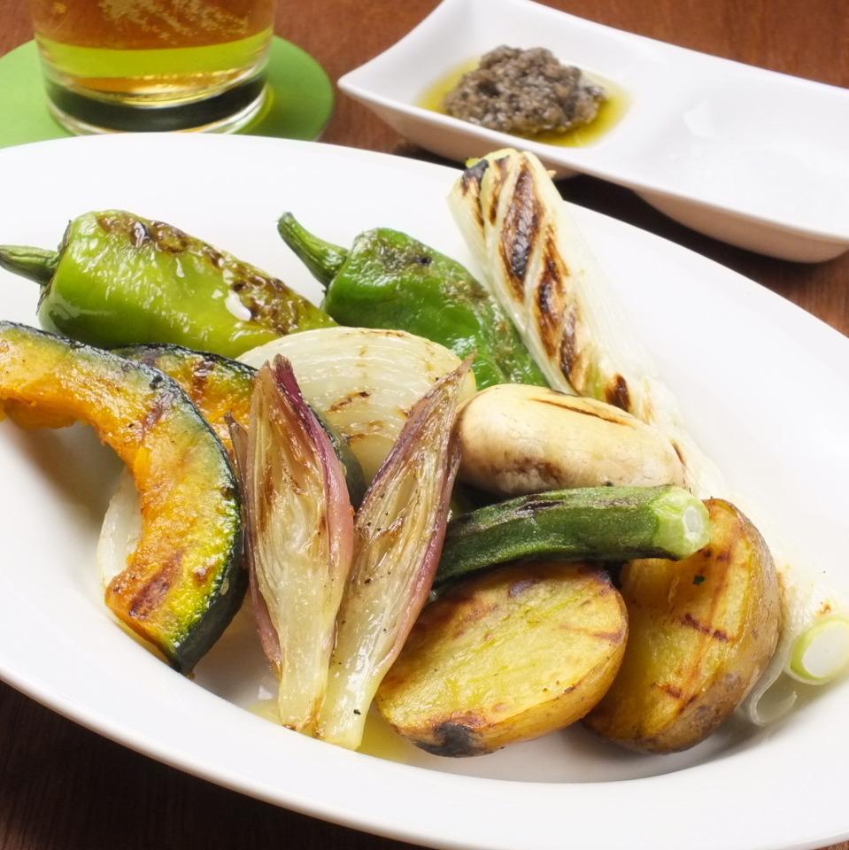 本日の炭焼き野菜の盛り合わせ