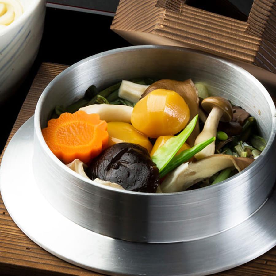 山菜と栗釜めし