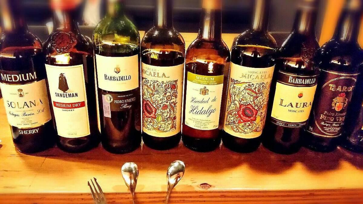 在籍ソムリエがスペイン全域から定期的に厳選!ワインとシェリー