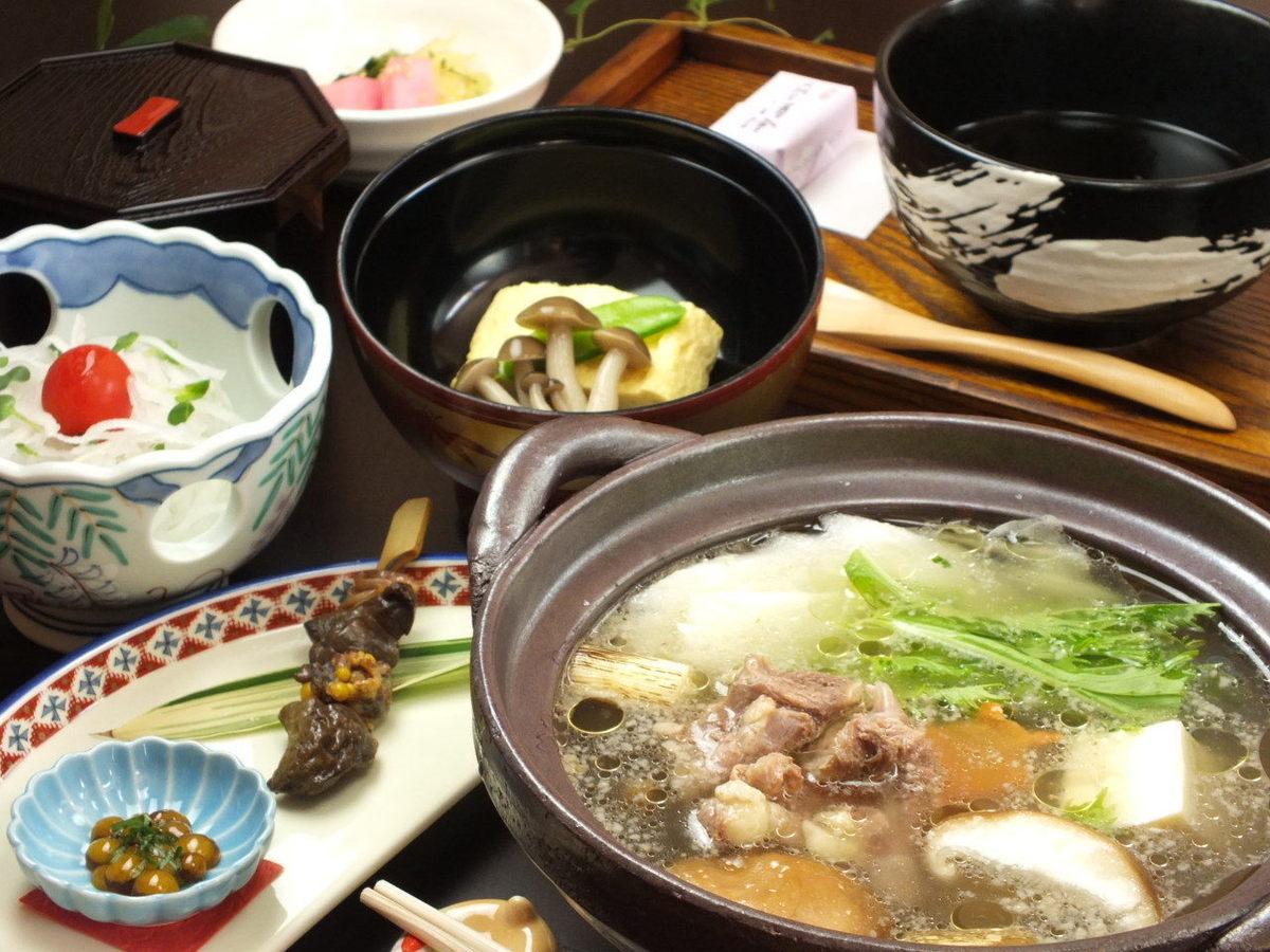 夏にピッタリ!スタミナ料理!すっぽんランチ(コーヒー・和菓子付き)