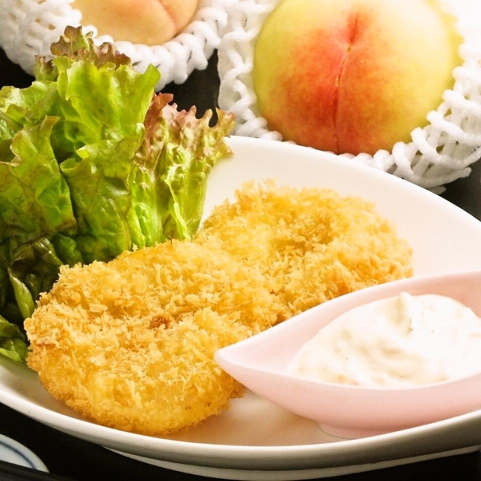 (Okayama) white peach containing cold cream croquette
