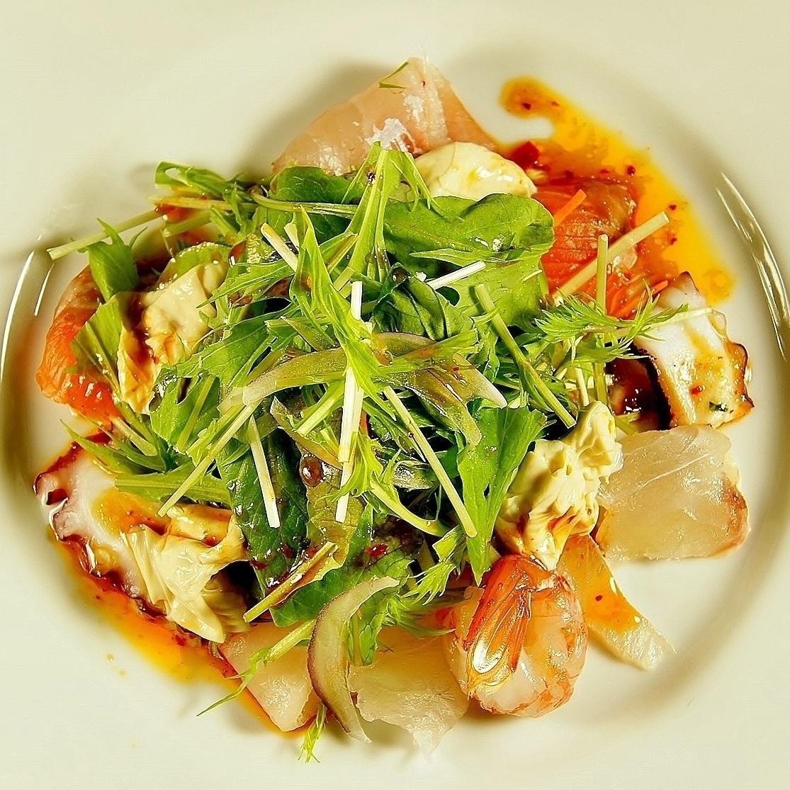 浴霸海鲜沙拉
