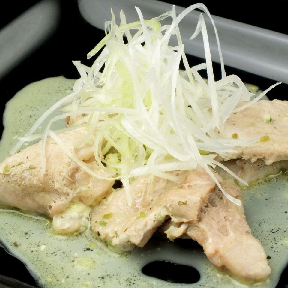 猪肉蒸香草奶油奶酪卷